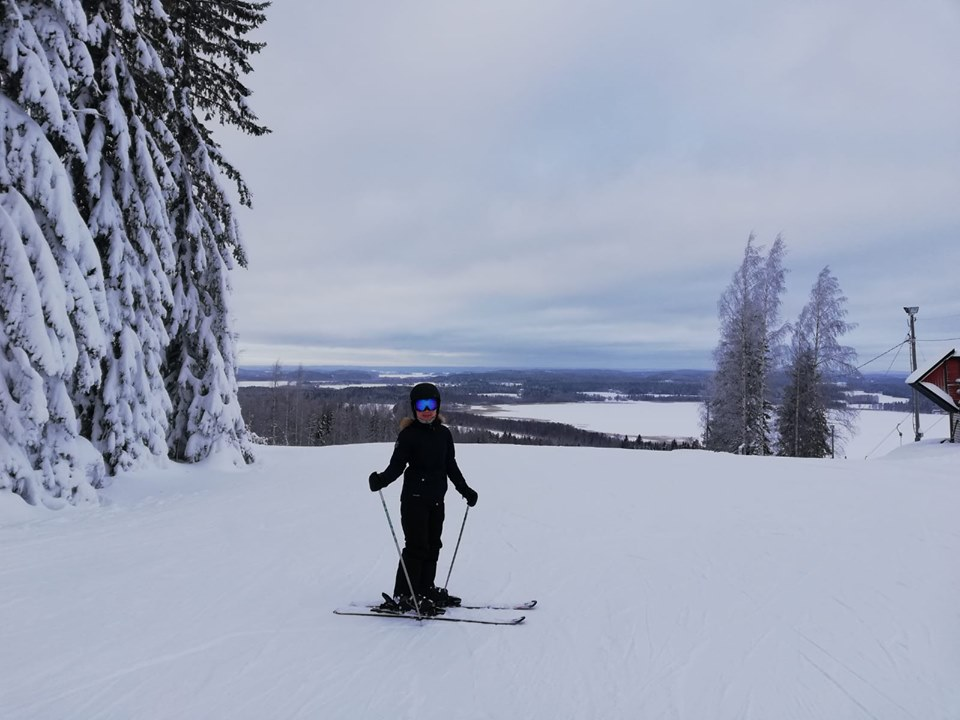Vietnamese student in a skii resort